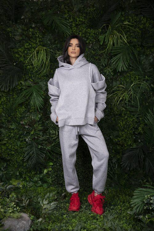 grey-hoodie-grey-pants